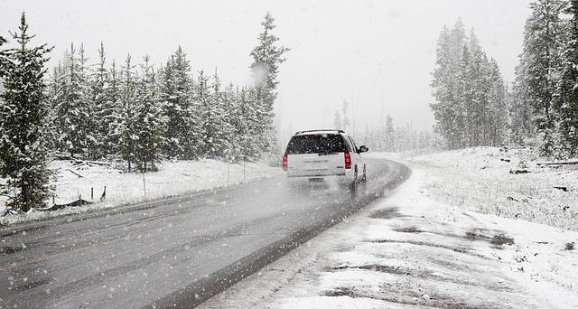 Automobilio paruošimas žiemai – didesnis saugumas kelyje